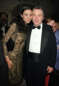 Robert DeNiro and  daughter, Drena 2000 NYC..jpg